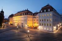 Hotel Taschenbergpalais Kempinski Dresden - Außenansicht bei Nacht: alle Bilderrechte Kempinski