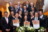 Preisträger, Jury und Sponsoren des Deutschen Hotelnachwuchs-Preises 2012 / Bildquelle: HDV Hoteldirektorenvereinigung Deutschland e.V.