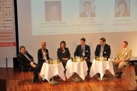 Kompaktes Praxiswissen aus erster Hand beim IHA-Hotelkongress am 9. Juni 2011 in Freiburg/Breisgau. Michael Simon, Heidi Böttcher, Andrea Bianchi, Markus Luthe, Jan Peter Kretschmer und Rainer Matthias Gruber (v.l.) diskutieren über die  Herausforderung