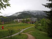 Sanft eingebettet in die atemberaubende Natur des Berchtesgadener Landes: Das Luxushotel InterContinental Berchtesgaden Resort. Übrigens: Genau dies ist auch der Blickwinkel der Webcam des Hotels / Alles Fotos © Sascha Brenning - Hotelier.de