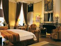 """Nirgends lässt sich die Geschichte des Hauses authentischer erleben als in der """"Maria van Bourgondië Suite"""""""