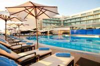 Kempinski Hotel Adriatic Pool area day