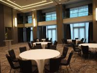Konferenzraum im Waldorf Astoria Berlin / Beide Fotos © Sascha Brenning - Hotelier.de