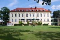 Rückansicht des Landhotels Schloss Teschow / Bildquelle: Matthes & Partner PR GbR