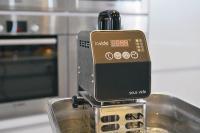 Der LV-50-Thermostat im Einsatz / Bildquelle: Alle Lava Vakuumverpackung