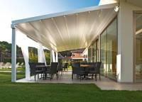 Pergola SUNRAIN L heißt dieses Terrassenfaltdach für höchste Ansprüche / Bildquelle: Leiner GmbH