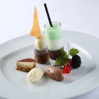 Dessert-Kreation von Klaus Schatzmann - Belohnt mit 17 Gault Millau Punkten / Bildquelle: Liechtenstein Tourismus