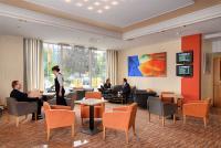 Die Lobby vom Holiday Inn Düsseldorf Airport-Ratingen, Bildquelle: recompr.de