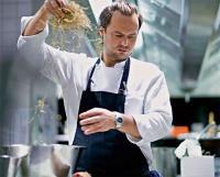 In der Küche läuft Mario Lohninger zur Höchstform auf. Fotos: Thomas Schauer für CPA