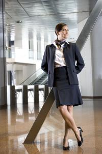 MEWA Businesskleidung: Servicepersonal in gut geschnittener Businesskleidung signalisieren auf den ersten Blick Professionalität, Kompetenz und Seriosität