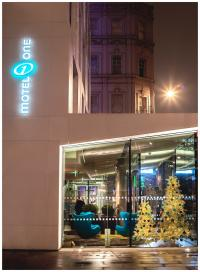 Motel One London Tower Hill: Eröffnung eines modernen Hotels mit klassischem Hintergrund; Bildquelle Motel One