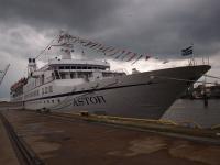 Die MS Astor im Hamburger Hafen / Bildquelle: Beide © Sascha Brenning - Hotelier.de