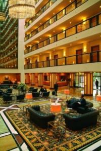 Lobby im Maritim Hotel Dresden; Bildquelle Maritim Hotelgesellschaft mbH