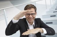 Mathias Haas ist mehr als Deutschlands einziger TRENDBEOBACHTER. Er ist transferorientierter Wandlungshelfer - als ehrlicher Redner und zielorientierter Moderator, Bildquelle Spreeforum International