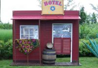 Liebevoll gestaltetes Deko-Hotel / Bildquelle: maverick entertainment