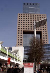Torhaus 1 - Eingang auch zur Ambiente / Quelle - Messe Frankfurt Exhibition GmbH / Petra Welzel