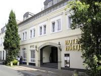 Meist ausgebucht ist das Hotel Höltje im niedersächsischen Verden an der Aller mit seinen 62 Zimmern