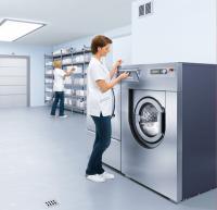 Für Miele-Waschmaschinen von acht bis 20 Kilogramm Füllgewicht wird jetzt ein Teil des Kaufpreises durch Miele Professional zurückerstattet - je nach Modell bis zu 1.250 Euro. Das Foto zeigt eine Maschine für 16 Kilogramm Wäsche / Foto: Miele