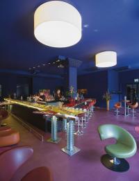 Anhalter Bar im Mövenpick Hotel Berlin / Bildquelle: Mövenpick Hotel Berlin