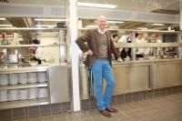 René Schillag in der offenen Showküche