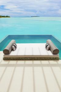 Niyama Water Studio mit Pool
