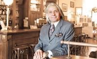 Bernd F.H. Florian, Geschäftsführer der Florian Hotelregie in Gera