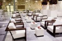 Palisander-Serie von der Party Rent Group für stilvolle Loungekonzepte (Foto: Party Rent)
