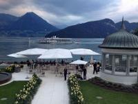 Die Seeterrasse des Park Hotel Vitznau mit schöner Aussicht auf den Vierwaldstättersee / Foto © Sascha Brenning - Hotelier.de
