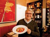 Seit fast drei Jahrzehnten steht sein Name für erstklassige Gastronomie, italienische Lebensart und herzliche Gastfreundschaft: Giuseppe Saitta