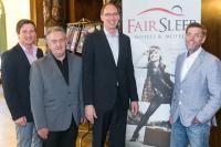 v.l.n.r.: Gerald Wurz (ELK Motel), Franz Schrenk (Firma Schrenk), Andreas Weber (FAIR SLEEP, AVIA Gmünd) und Erich Weichselbaum (ELK AG), Bildquelle Fairsleep Hotels
