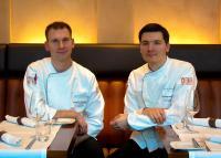 (v.l.n.r.) die neuen Küchenchefs Daniel Tornauer und Steffen Sinzinger / Bildquelle: Accor Hospitality Germany GmbH