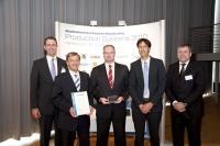 Von links nach rechts: Prof. Dr. Günther Schuh (WZL), Peter Wiedemann, Axel Roddewig, Franz Ehelechner (alle RATIONAL), Günter Butschek (Airbus Produktionsvorstand) / Bildquelle: RATIONAL Aktiengesellschaft