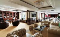 Ritz-Carlton Club Lounge....; Bildquelle hier und unten Heesch Hogerzeil Kommunikation AG