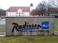 Ein Eckpfeiler vom Land Fleesensee: Das Radisson Blu Resort Schloss Fleesensee / Foto © Sascha Brenning - Hotelier.de