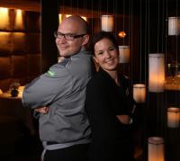 Benedikt Faust leitet als Küchenchef seit April die Küche des BEST WESTERN PREMIER Hotel Rebstock in Würzburg. Restaurantleiterin des neuen Feinschmeckerrestaurants KUNO 1408 im Vier-Sterne-Traditionshotel ist seine Frau Sabrina Faust.