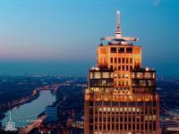 Rembrandt Tower am Abend in Amsterdam; Alle Bilderechte PR RE:PUBLIC