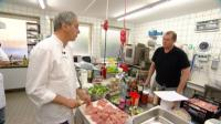 Restauranttester Rach ist entsetzt über die fehlende Organisation in der Küche von Chef Georg Rupp (re.),  (c) RTL