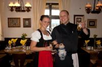 Roberto Rietze und Stefanie Nagel vom Bier- und Apfelweinlokal Friedberger Warte; Bildquelle max-pr.eu