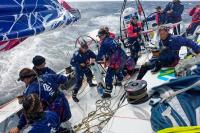 SCA Volvo Ocean Race Team auf dem Boot; alle Bildrechte: SCA / Tork
