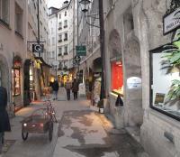Die Goldgasse in der Altstadt