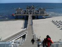 ... vom Hotel auf die Seebrücke und das Brückenhaus