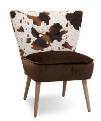"""Nicht nur die Damen der Schöpfung tragen gerne Leo- und Zebra-Look, sondern auch die Sitzmöbel von Schnieder: Sessel """"Fritz"""" in Varianten, dazu der kleine Sitzwürfel Modell"""