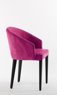 Bequem wie ein Sessel, funktionell wie ein Stuhl: Gloria von Schnieder; Bildquelle Silvia Rütter Kommunikation