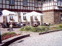 Die Terrasse vom Sonnenhotel Hotel Hahn, gleichzeitig Bildquelle für alle Fotos