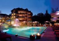"""Spa & Wellness Resort Romantischer Winkel im Harz. Neben vielen """"romantischen Winkeln """", die zum Entspannen einladen, gibt es im Harz ein umfangreiches Wintersportangebot. Besonderheit: Hundeschlittentouren"""