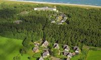 Strandhotel Fischland von oben / Bildquelle: Alle Strandhotel Fischland