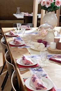 Mit der neuen Frühlingkollektion hinterlassen Gastronomen Eindrücke in Sachen Tischdekoration, Bildquelle Tork