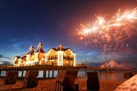 Feuerwerk auf der Seebrücke in Sellin auf Rügen / Bildquelle: Fotohaus Ohl Rügen, www.foto-ohl.de