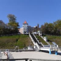 Der wunderschöne Blick auf das Travel Charme Kurhaus Sellin auf Rügen vom Brückenhaus und... Bildquelle: Alle Sascha Brenning - Hotelier.de