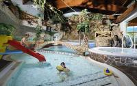 Felsenerlebnisbad / Bildquelle: Alle ULRICHSHOF Baby & Kinder Bio-Resort